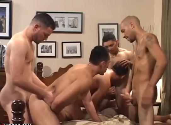 vídeo pornô porno entre amigos