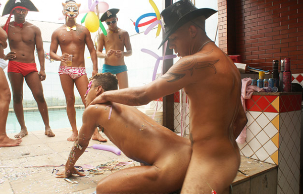 Must sexo explicito no carnaval need with