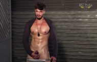 BRZStudio - Johnny Lumberjack - Batendo uma punheta pra Câmera