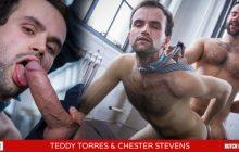 ButchDixon - Teddy Torres fechando negócio com o cuzinho do Chester Stevens