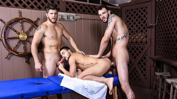 Photo of DrillMyHole – Couples Massage Part 2 – Cliff Jensen & Ashton McKay fodem Beaux Banks