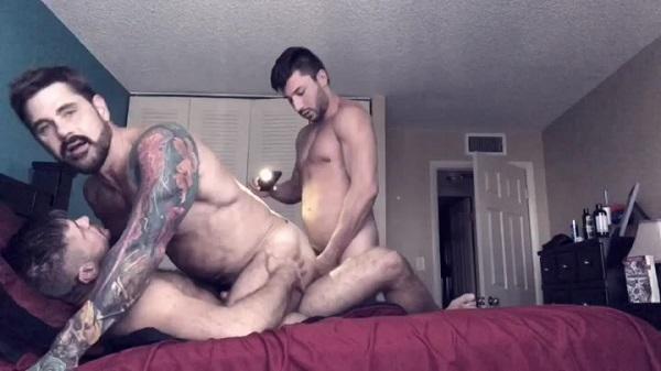 Photo of Encontro entre Pornstar – Jack Andy, Scott DeMarco & Jack Mackenroth